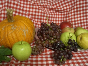 Grapes, apples, and pumpkin from Old Naches Highway farm